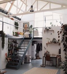 This shot of the studio is by far my most liked post of No surprises there, I love it too. 2018 turned out to be a special one! Dream Apartment, Apartment Living, Apartment Therapy, Casa Loft, Aesthetic Rooms, Tiny House Design, Deco Design, Home And Deco, Dream Rooms