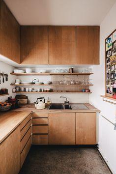 Küchen Design, House Design, Flat Design, Kitchen Furniture, Diy Furniture, Cuisines Design, Interior Design Kitchen, Simple Kitchen Design, New Kitchen