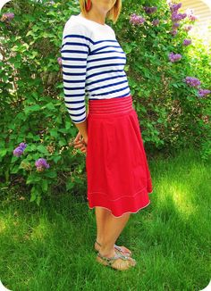 Blue Stripes + Red Skirt | http://prettylifeanonymous.blogspot.com | #Outfit #Stripes #Red