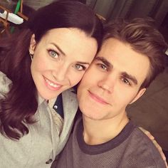 Vampire Diaries Family Portrait: Mama Salvatore Just Reunited With Stefan! (PHOTO)