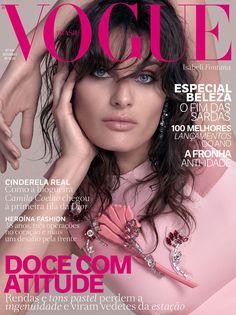 Isabeli Fontana na edição de setembro da Vogue (Foto: Reprodução/Vogue Brasil)