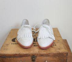 80s cream suede tassel toe brogues / 1980s by dustyrosevintage, $44.00