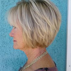 Graduated bob #haircut with Goldwell color. Stylist: Stacy @streamingemerald #goldwell #goldwellcolor #graduatedbob #hairstyles