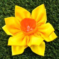 Fabric Flower Pattern Tutorial - Double Daffodil Brooch by La Todera