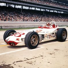 High End Racing Indy 500 Vintage Race Car Indy Car Racing, Indy Cars, Indianapolis Motor Speedway, Automobile, Old Race Cars, Sprint Cars, Vintage Race Car, Vintage Bicycles, Car And Driver