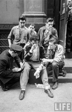 U.S. School children�s riot in New York, 1950 - Ralph Morse.