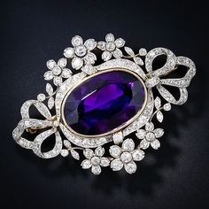 Siberian Amethyst #brooch... look at how deep that amethyst colour is...it's spectacular ! #DiamondBrooches #antiquejewelry