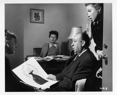 Costume designer Edith Head, director Alfred Hitchcock and Ingrid Bergman discuss Bergman´s wardrobe in Notorious. Hitchcock´s assistant, Peggy Robertson, looks on Alfred Hitchcock, Hitchcock Film, Ingrid Bergman, Cary Grant, Classic Hollywood, Old Hollywood, Hollywood Glamour, Hollywood Studios, Barry Lyndon