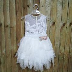 Φούστα tutu και κορμάκι με βαμβακερή δαντέλα αλπικέ. Κωδικός Προϊόντος: ΡΚ.65 Girls Dresses, Flower Girl Dresses, Tutu, Wedding Dresses, Fashion, Dresses Of Girls, Bride Dresses, Moda, Bridal Gowns