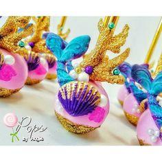 Little Mermaid inspired cake pops for Adysen's 1st birthday celebration. #adysenturnsone #littlemermaid #cakepops #mermaidtail #cake #miami #miamicakepops #opopsbyangie