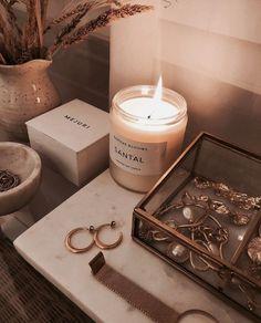 Cream Aesthetic, Gold Aesthetic, Classy Aesthetic, Aesthetic Room Decor, Aesthetic Vintage, Aesthetic Pastel, Room Ideas Bedroom, Bedroom Decor, Gold Room Decor