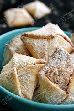 """Это печенье называется """"Любовные письма"""".  Давно хотела сделать трубочки с орехами, а тут попался такой интересный  рецептик .  Решила по..."""