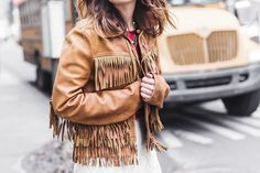 POLO_RALPH_LAUREN-NYFW-New_York_Fashion_Week-Suede_Fringed_Jacket-White_Lace_Skirt-Outfit-Street_Style-Collage_Vintage-49