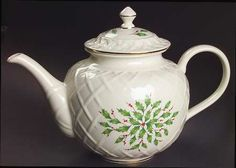 Lenox Holiday (Dimension) pattern Teapot  .... Christmas holly leaf and berry decoration on cream body with raised lattice pattern, 1974- , porcelain, USA