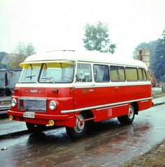 Robur Retro Cars, Vintage Cars, East German Car, Ddr Museum, Mini Bus, Grey Dog, Cargo Van, East Germany, Busses