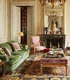When American socialite Katherine Bryan purchased a dilapidated Paris pied-à-terre she enlisted Italian design firm Studio Peregalli to transform the space from floor to ceiling. Published by Elle Decor, the Left Bank flat (a stone's throw from the Musée My Living Room, Home And Living, Living Spaces, Parisian Apartment, Paris Apartments, Interior Exterior, Home Interior, Paris Home, Inspire Me Home Decor