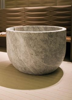 Natural stone bath Ciotola, realized from solid piece with inner seating. Discover the Bianco Carrara Marble variant. Natural Stone Bathroom, Natural Stones, Square Bathtub, Stone Basin, Stone Blocks, Minimal Bathroom, Stone Kitchen, Bathroom Tile Designs, Bespoke Kitchens