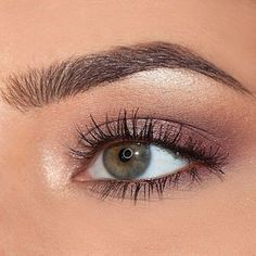Taupe shimmer shadow.