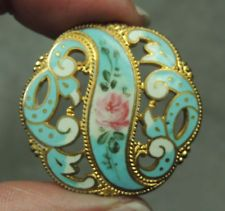 PIERCED ENAMEL & BRASS BUTTON ~ FLORAL DESIGN        METAL