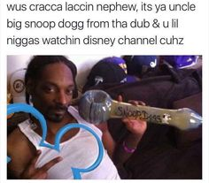 Wus Cracca Laccin Nephew It's Ya Uncle Big Snoop D. ~ Memes curates only the best funny online content. The Ultimate cure to boredom with a daily fix of haha, hehe and jaja's. Funny Black Memes, Funny Relatable Memes, Funny Posts, The Funny, Funny Tweets, Snoop Dogg, Tupac Shakur, 2pac, My Guy