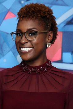 Issa Rae - 12 Times Issa Rae Was Lowkey #HairGoals