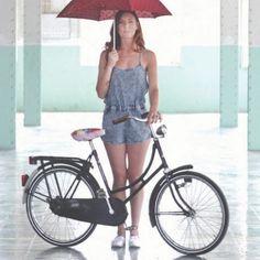 COOLSEC BARCELONA › Moda, diseño y movilidad urbana sostenible. Sobre ruedas y con mucho estilo todo tiene un trasfondo muy social: para la producción cuentan con empleados en riesgo de exclusión social. En Coolsec podrás encontrar todo tipo de accesorios para la bicicleta.  Follow us: http://www.facebook.com/chicplace.es