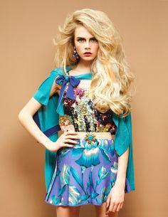 Cara Delevingne with some major waves Great hair! Cara Delevingne Style, Poppy Delevingne, Look Fashion, Fashion Models, High Fashion, Fashion Hair, Romy Schneider, Hair Rainbow, Blond