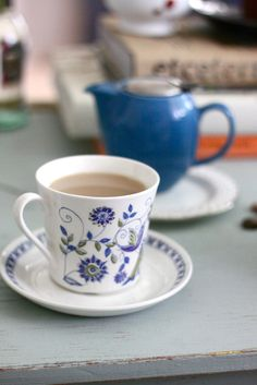 teatime in shades of blue (in the parlor)