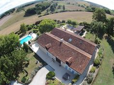 Luxury holiday home for large groups with privacy, space, swimming pool and sauna, - Salles-Lavalette Aquitaine, Holiday Lettings, Dordogne, Largest Countries, Luxury Holidays, Private Pool, Vacation Villas, Jacuzzi, Swimming Pools