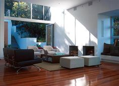 Real estate in CastleCrag, Australia, Bay area.