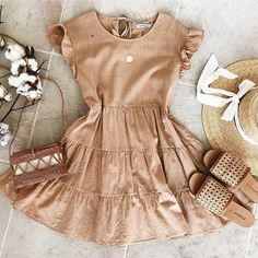 How to Build a Summer Capsule Wardrobe - thatgirlArlene Source by kaiyaedwards outfits dresses Cute Casual Outfits, Girly Outfits, Cute Summer Outfits, Mode Outfits, Pretty Outfits, Spring Outfits, Dresses For Summer, Cute Summer Clothes, Really Cute Outfits