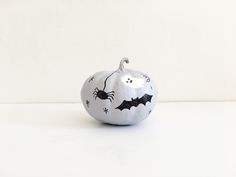 Ray & A - DIY Mini Pumpkins