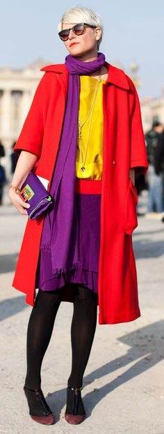 Best Ideas for Color Pairing by Elisa Nalin Fashion trends Fashion Colours, Colorful Fashion, Look Gamine, Elisa Nalin, Wool Tights, Winter Typ, Purple Scarves, Elegantes Outfit, Color Pairing