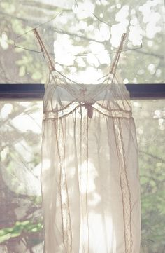 www.endingiseternity.com is your stop for wedding inspiration and post-wedding life building. #lingerie #wedding