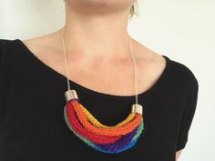 How to :: Rainbow Smile Necklace ::