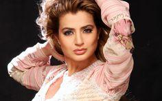 bollywood actress ameesha patel wide