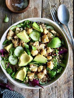Dette er bare en aldeles nydelig salat som kan serveres som tilbehør eller spises som et måltid i seg selv.   Anbefaler virkelig å prøve denne oppskriften!! My Recipes, Salad Recipes, Waldorf Salat, One Pot Wonders, Biryani, Potato Salad, Healthy Life, Salads, Food Porn