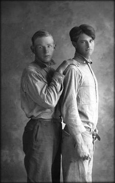 dtxmcclain: Portrait of two handsome young men, Texas, early Vintage Couples, Vintage Love, Vintage Men, Vintage Photographs, Vintage Photos, Male Photography, Couples In Love, Gay Couple, Relationships Love