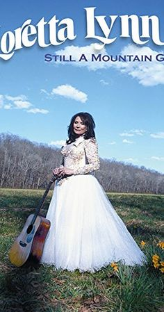 Directed by Vikram Jayanti. With Loretta Lynn, Bill Anderson, Michael Apted, Garth Brooks. Singer-songwriter Loretta Lynn balances family and a music career that has spanned 50 years. Country Female Singers, Country Musicians, Country Music Singers, Country Artists, Country Songs, Country Girls, Loretta Lynn, Joey & Rory, La Girl