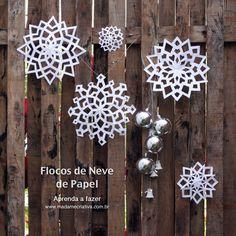 Como fazer flocos de neve de papel -  Passo a passo com fotos - How make paper snowflakes - DIY tutorial  - Madame Criativa - www.madamecriativa.com.br