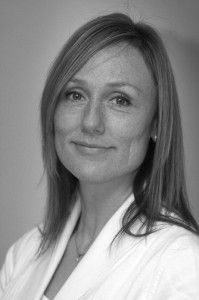 """""""Mor Hjertego´"""" kalles akupunktør Merete av de som går til behandling hos henne i Villa Hjertego´, et Helsesenter på Jessheim. Henna, Hennas"""