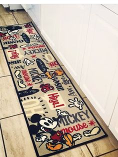 I would use this as my Disney kitchen runner! Love it! I would use this as my Disney kitchen runner! Love it! Cocina Mickey Mouse, Mickey Mouse House, Mickey Mouse Kitchen, Minnie Mouse, Disney Kitchen Decor, Disney Home Decor, Disney Crafts, Kitchen Runner, Kitchen Rug