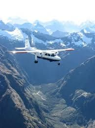 Real Journeys - see the magnificent primordial landscape of Milford sound by plane
