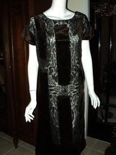 1920s Antique Silk Velvet Beaded Flapper Dress