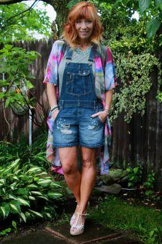 Denim Short Overalls, Kimono, Statement Necklace And Wedge Sandals
