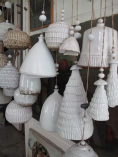 Mount Washington pottery / white lamp shades / handmade ceramics / Collections of Objects / Collections of Things / Displaying / Vintage / Ideas / Nature / Antique Ceramic Clay, Ceramic Pottery, Ceramic Lamps, Slab Pottery, Pottery Wheel, Pottery Mugs, Pottery Bowls, Modern Vintage Fashion, Vintage Style
