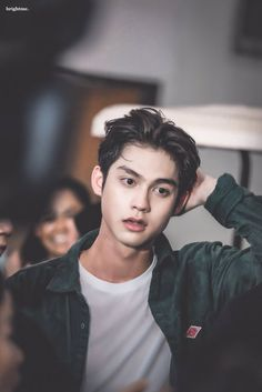 Bright Vachirawit as Benjamin Cox Handsome Faces, Handsome Actors, Handsome Boys, Asian Actors, Korean Actors, Bright Wallpaper, Korean Boys Ulzzang, Bright Pictures, Cute Asian Guys