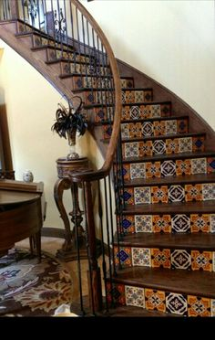 Staircase with tile