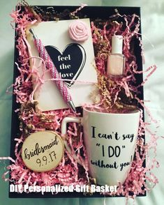 DIY Personalized Gift Basket For Anyone, Girlfriend, Kids, Mom Etc - Owe Crafts DIY Personalized Gift Baskets Diy Gift Baskets, Christmas Gift Baskets, Diy Christmas Gifts, Kids Christmas, Basket Crafts, Homemade Gifts, Diy Gifts, Party Gifts, Diy Birthday