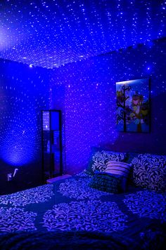 Transform any #dorm or #bedroom with an array of calming laser stars! #BlissBulb makes a unique nightlight and sets up in seconds. • • • #blisslights #nightlight #makeover #stars #pretty #dormdecor #diy #easy #lighting #update #blue #laserlights